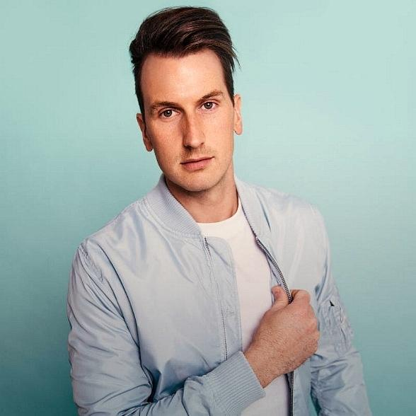 Russell Dickerson Added to the Country Cabana Concert Series at The Flamingo GO Pool Presented by 102.7 the Coyote September 11