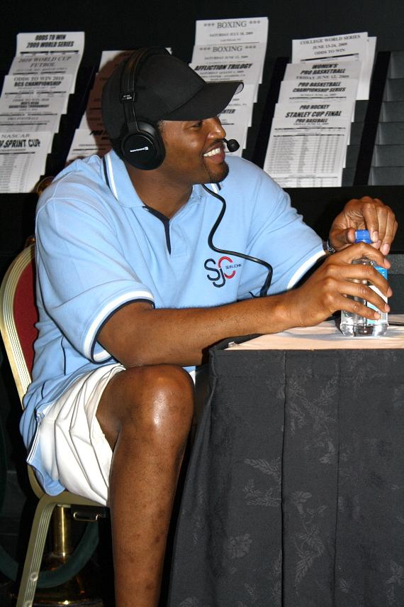 Robert Horry being interviewed on ESPN radio at The Sportsbook Bar & Grill at The Palazzo