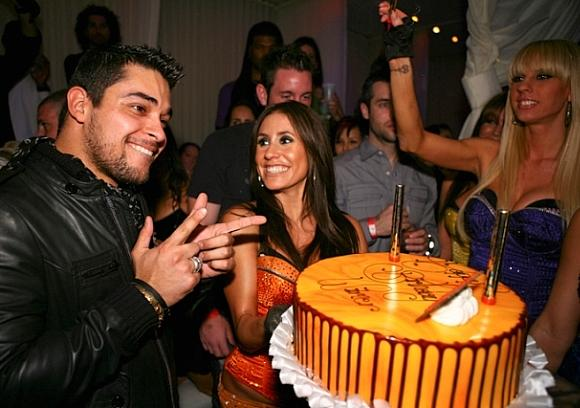 Wilmer Valderrama celebrates birthday at PURE