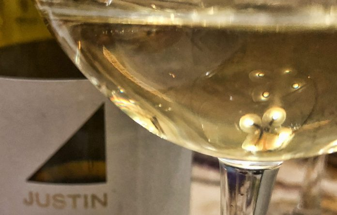 Trader Joe's Chardonnay Tasting with Justin