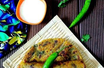 Methi Thepla recipe by vegetarian tastebuds