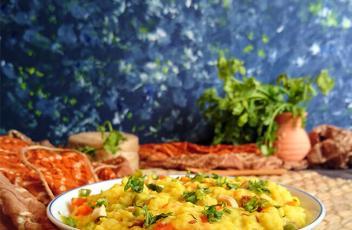 Vegetable Masala Khichdi Recipe by www.vegetariantastebuds.com