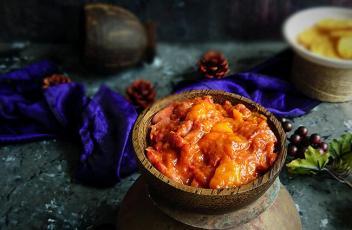 Strawberry and Mango Chutney recipe by www.vegetariantastebuds.com