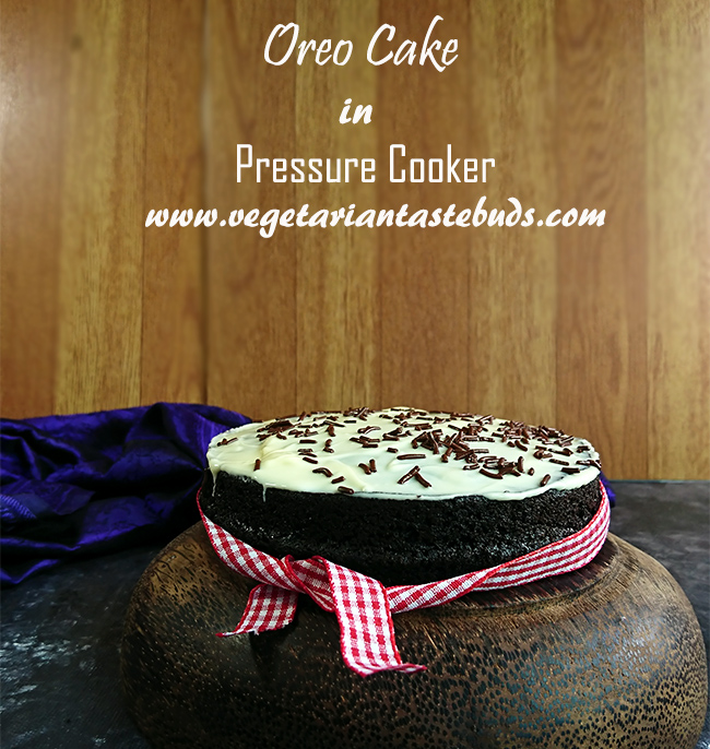 Eggless Oreo Cake In Pressure Cooker