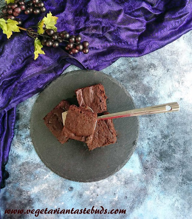 Eggless Brownie | perfect fudgy chocolate brownie recipe