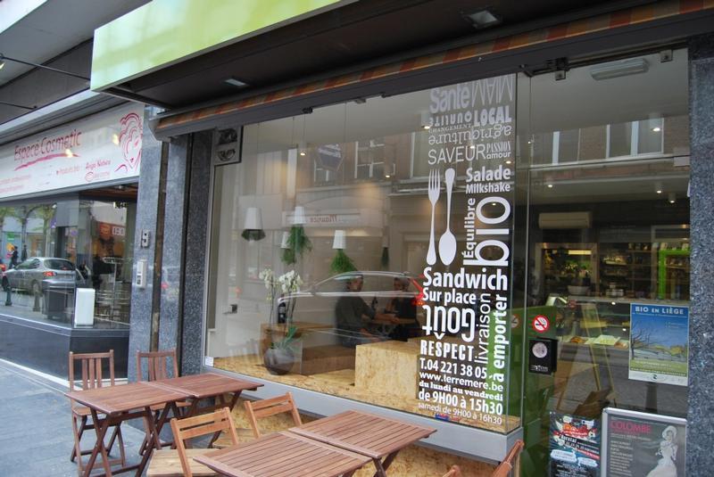 Terre Mère / de la régence Liège / Salades / Restaurant by CityPlug.be