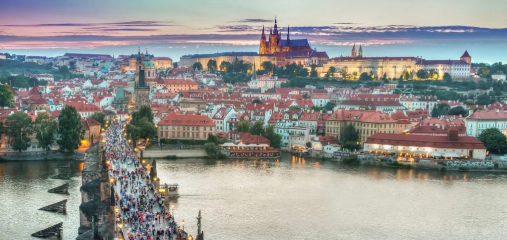 Where to buy vegan products in Prague
