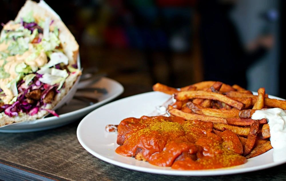vleischerei vegan currywurst leipzig