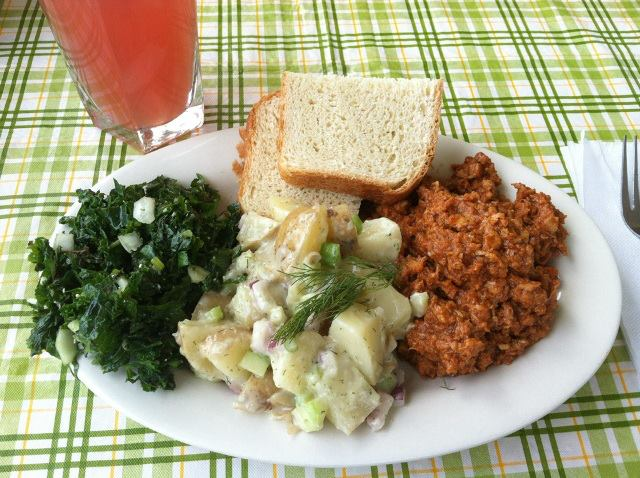 Daily Special-Kale Slaw, tofu barbecue, fresh bread and vegan potato salad