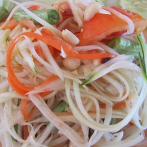 Bulone Green Papaya Salad