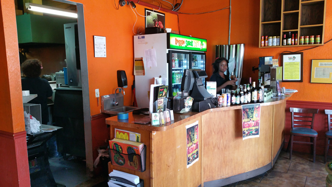 Reggae Shack Cafe: Interior