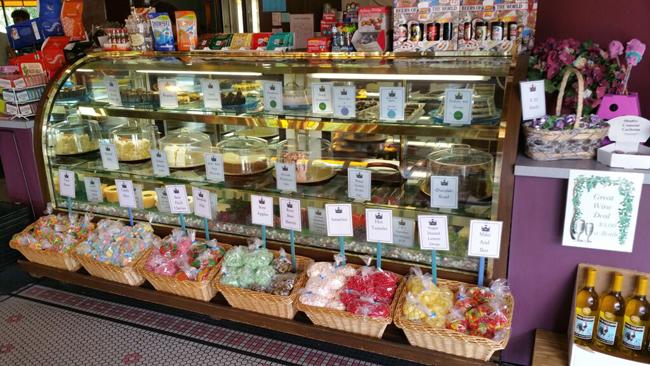 European Street Café Bakery Display 2