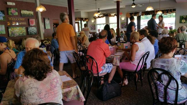 European Street Café Interior2