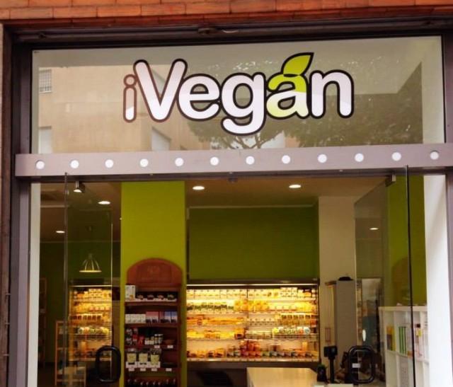 supermercato-vegano-roma-ivegan-5-640x547
