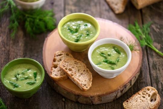 Vegan cream of asparagus soup recipe