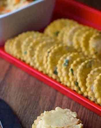 gluten-free vegan cilantro crackers