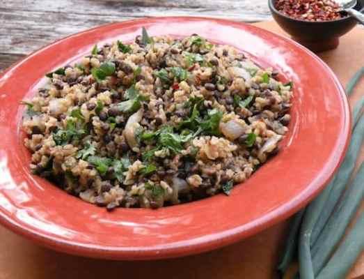 Mujaddarah (lentil and bulgur pilaf) recipe