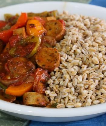 Italian-style vegan sausage and peppers