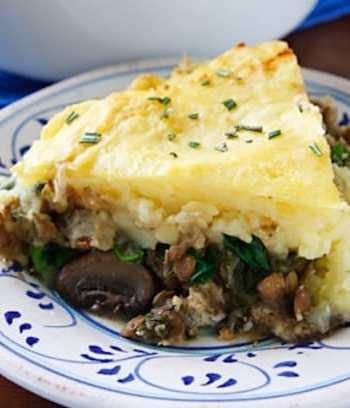 Hearty lentil and mushroom shepherds pie