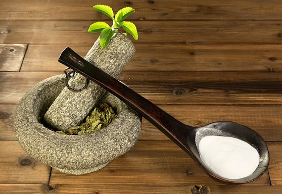 Stevia leaf and powder