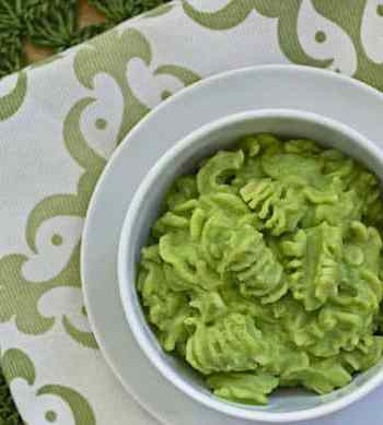 Green Noodles (with broccoli and green pea sauce)