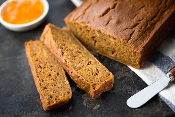 Three-grain brown bread