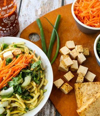 Peanut satay zucchini noodle bowl