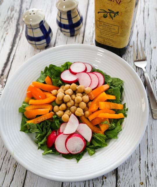 Chickpea radish salad