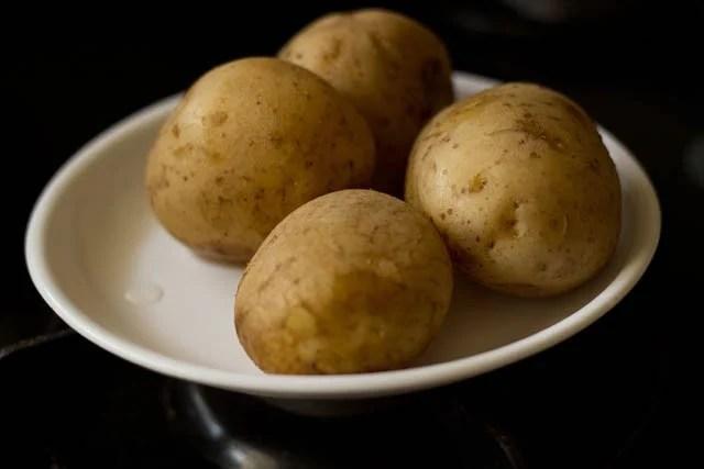 boiled aloo for aloo paratha