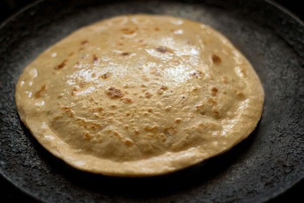 making aloo paratha recipe