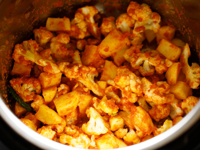 mix aloo gobi mixture