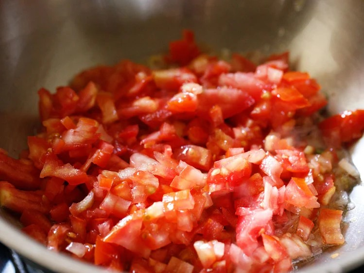 1 cup finely chopped tomatoes added