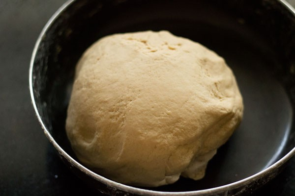 kneading dough for roti recipe