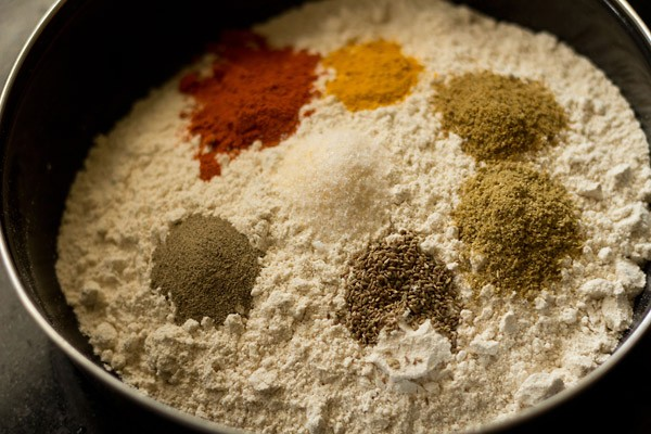 spices and flours for masala poori recipe