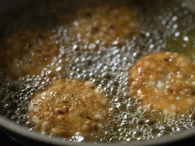 making sabudana vada recipe