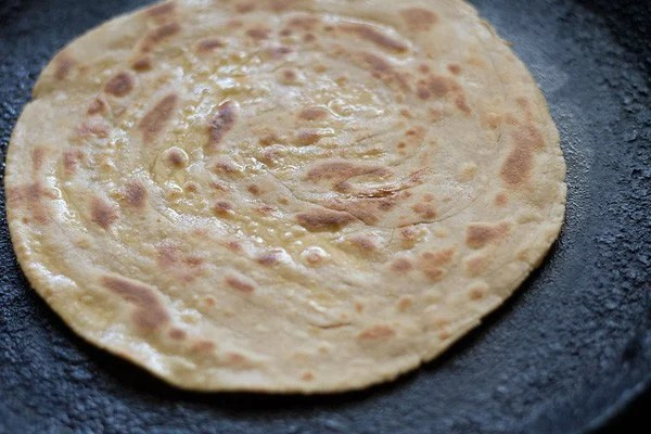 making lachedar paratha recipe, lachha paratha recipe