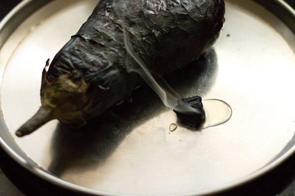 roasted baingan for making Punjabi baingan bharta recipe