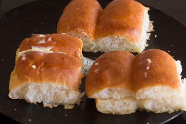 pav for kada pav bhaji recipe