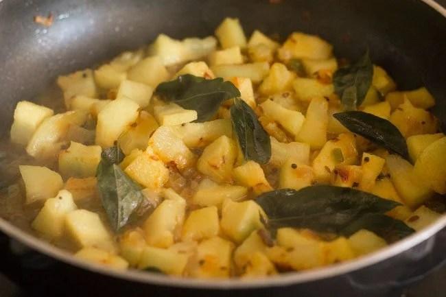 ash gourd thoran recipe
