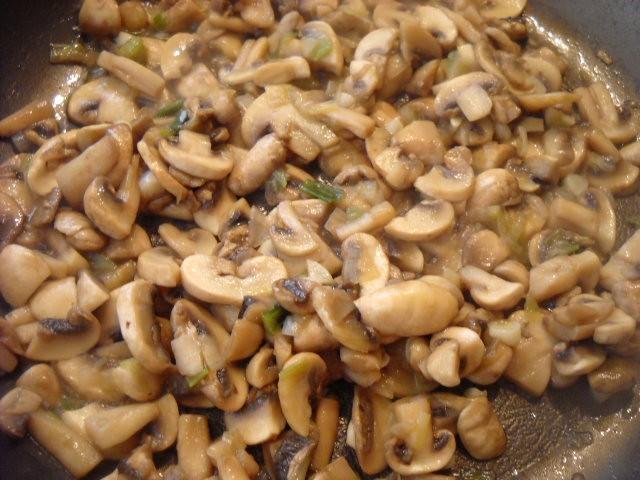 mushrooms for mushroom spinach recipe