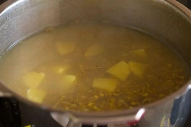 misal pav recipe