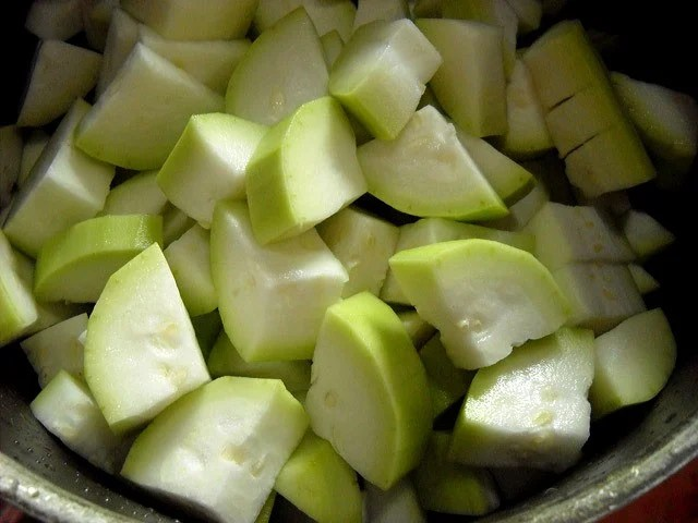 chopped bottle gourd for soup recipe