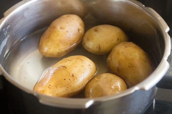 boiled potatoes in the pressure cooker