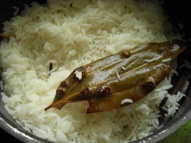 partly cooked rice for mushroom biryani