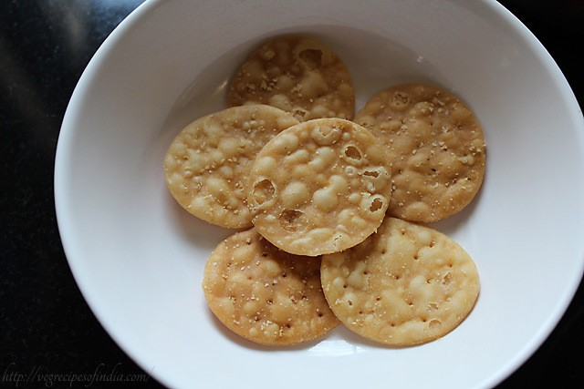 papdis for papdi chaat recipe