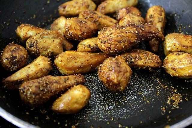 mix spices to sukhi arbi recipe