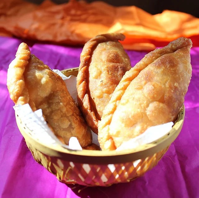 mawa gujiya recipe