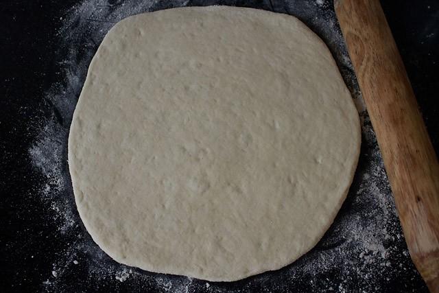 making veg pizza recipe, making pizza recipe