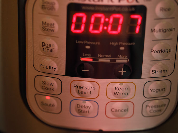 switching on instant pot
