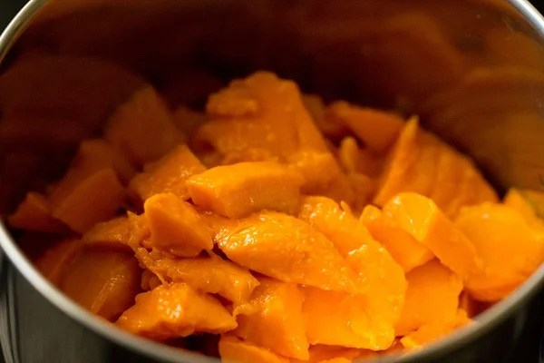 mangoes for mango ice cream recipe